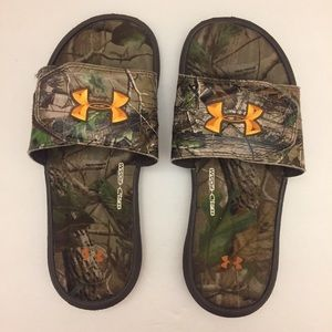 Under Armour Boys Youth Camouflage Slides.